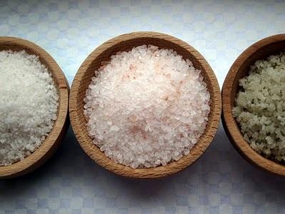 Примета: рассыпать соль