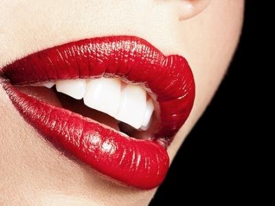 К чему горят губы - примета