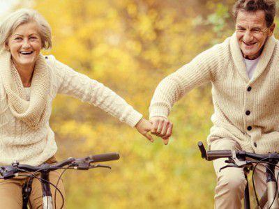Паре весело и интересно проводить время вместе