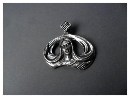 Амулет из серебра