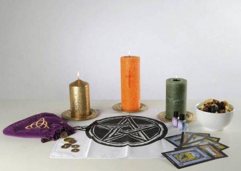 Для ритуала используем чистотел