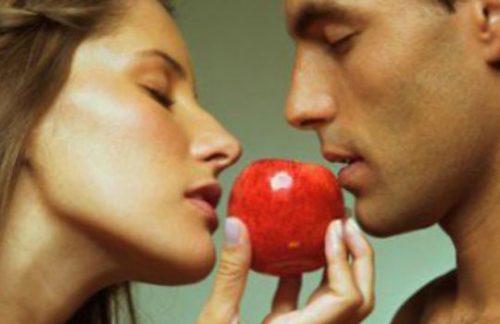 Приворот на яблоко действует в разные сроки
