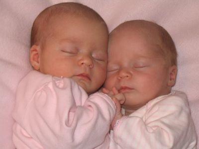 После 35 лет шансы родить двойню увеличиваются