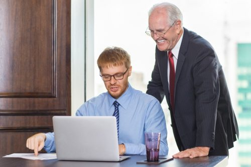 Заговор на повышение на работе: как правильно читать