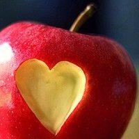 Яблоко эффективно и при отвороте