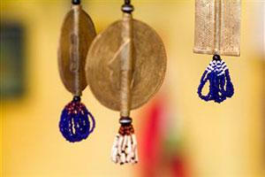 Как защитить дом ребенка и семью от порчи с помощью фотографии или зеркала