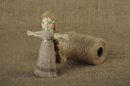 Куклы-мотанки обереги своими руками: значение