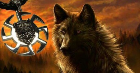 Оберег волк - проводник по жизни