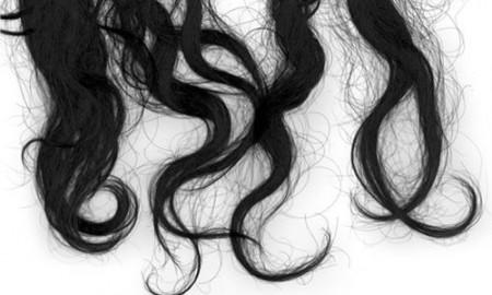 Пучок волос заговоренный молитвой