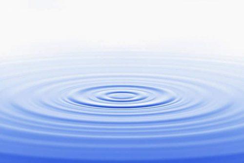 Воду заговорить не трудно