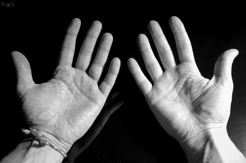 Толковать линии нужно по активной руке человека