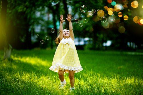 Защитить ребенка может святая вода