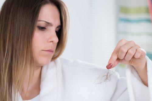 Способы снять порчу на волосы